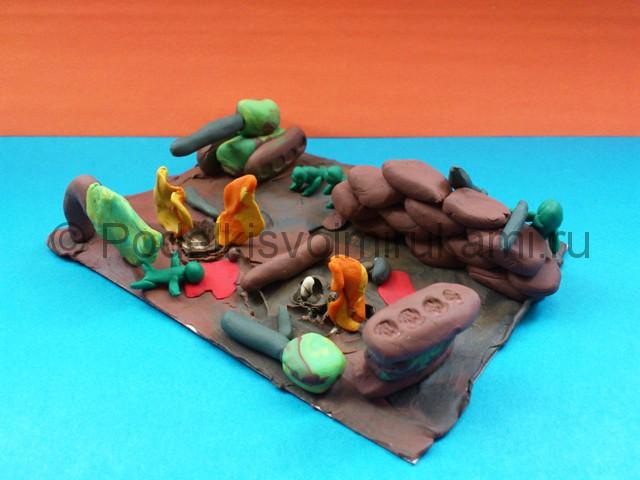 Война из пластилина. Итоговый вид поделки. Фото 2.