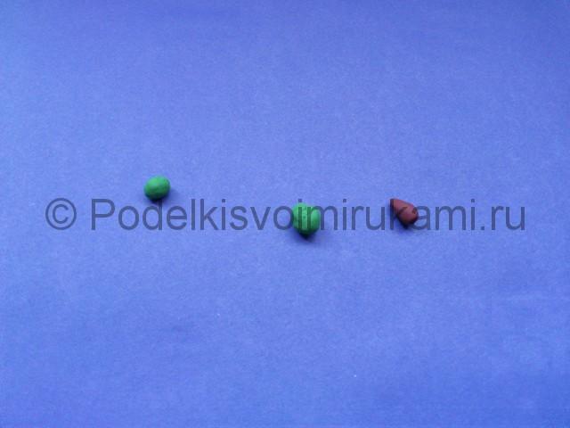 Яблоко из пластилина. Шаг №6.