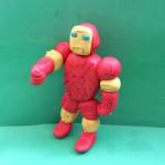 Железный человек из пластилина. Итоговый вид поделки.