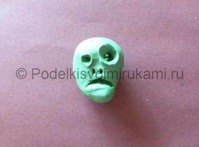 Зомби из пластилина. Урок лепки. Шаг №3.