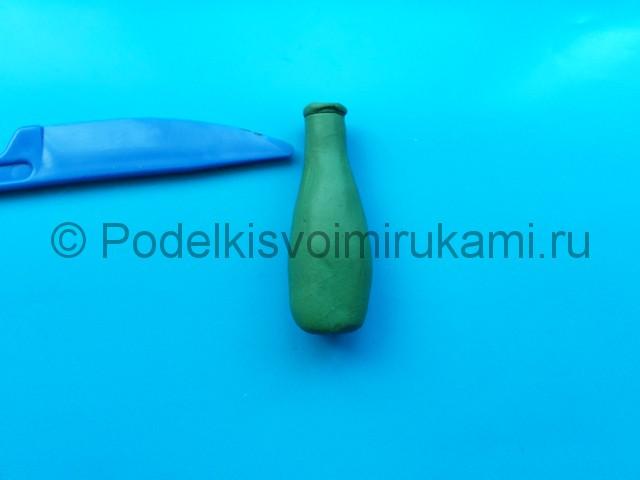 Лепка бутылки из пластилина. Шаг №7.