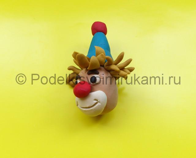 Лепка клоуна из пластилина. Шаг №5.