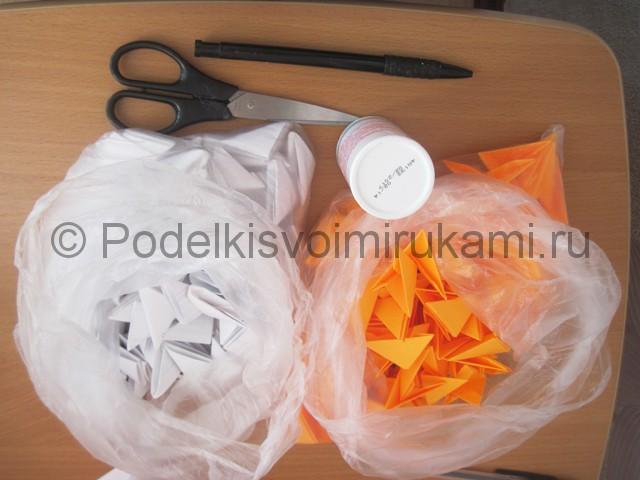 Поделка лебедя оригами из бумаги. Фото 1.