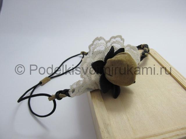 Оригинальное украшение-полоска для волос своими руками. Фото 17.