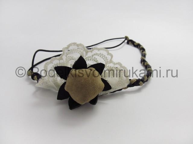 Оригинальное украшение-полоска для волос своими руками. Фото 18.