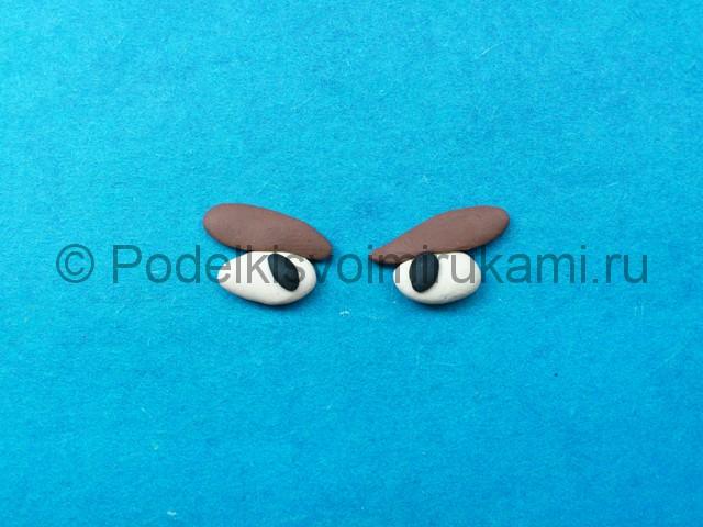 Как сделать глаза из пластилина. Шаг №5.