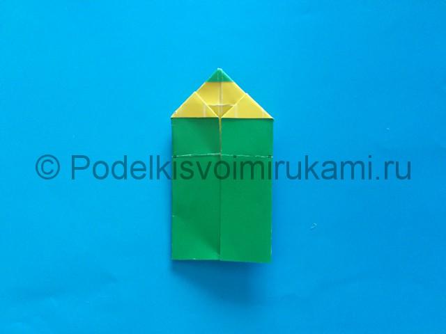Карандаш из бумаги своими руками в технике оригами. Итоговый вид поделки.
