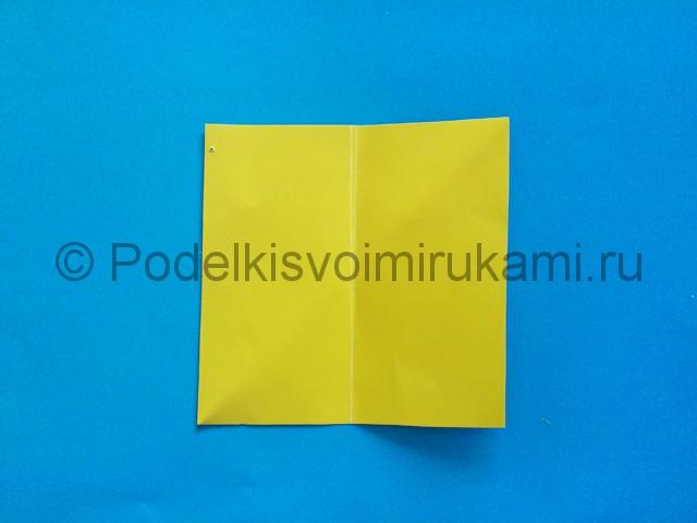 Карандаш из бумаги своими руками в технике оригами. Шаг №3.