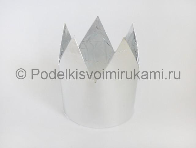 Корона из бумаги своими руками. Фото 7.