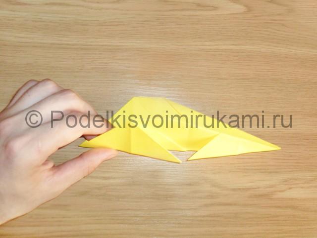 Как сделать белку из бумаги. Фото 11.