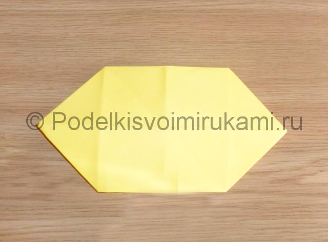 Как сделать белку из бумаги. Фото 7.