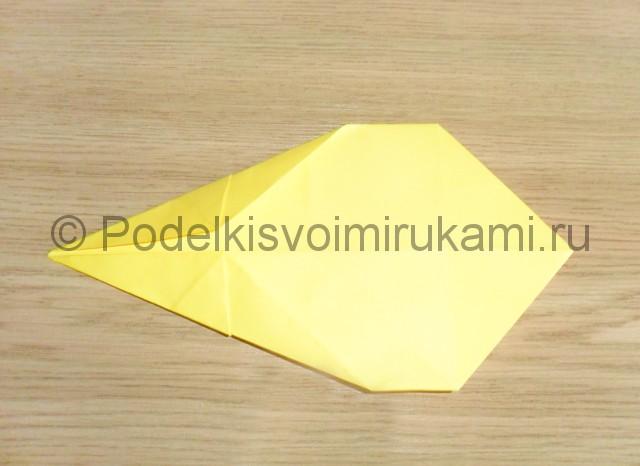 Как сделать белку из бумаги. Фото 8.
