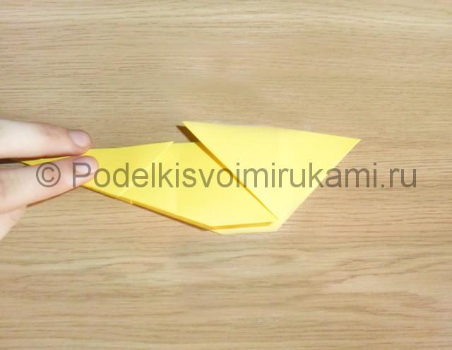 Как сделать белку из бумаги. Фото 9.