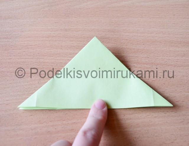 Как сделать фейерверк из бумаги. Фото 10.