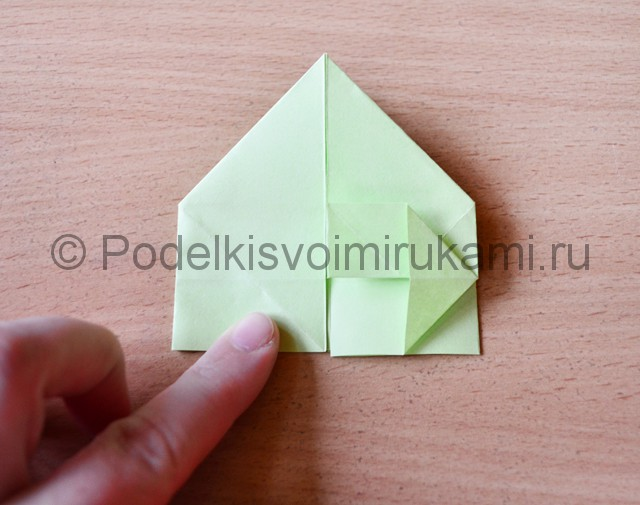 Как сделать фейерверк из бумаги. Фото 16.