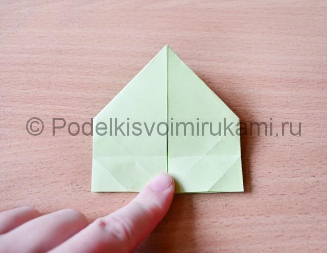 Как сделать фейерверк из бумаги. Фото 18.