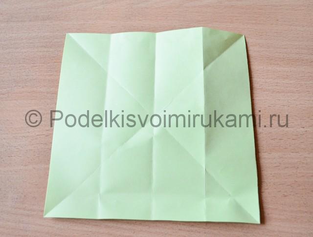 Как сделать фейерверк из бумаги. Фото 6.