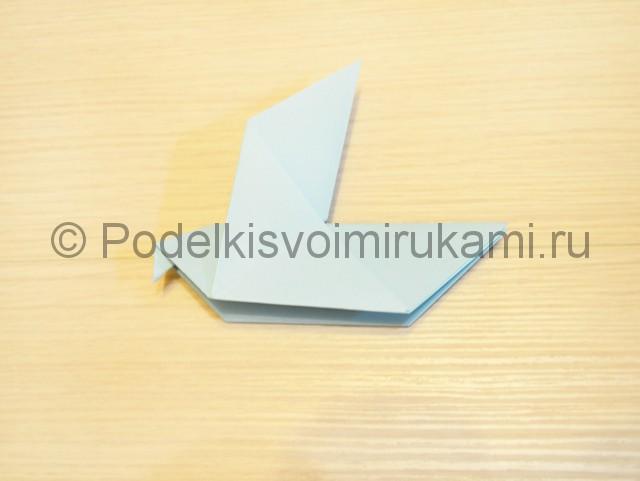 Как сделать голубя из бумаги своими руками поэтапно. Фото 14.