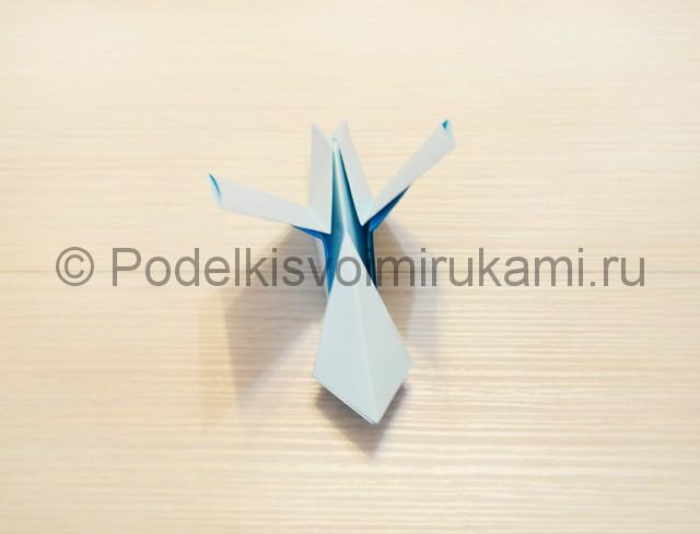 Как сделать голубя из бумаги своими руками поэтапно. Фото 16.