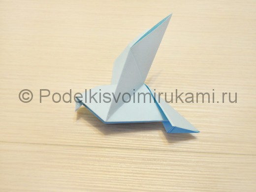Как сделать голубя из бумаги своими руками поэтапно. Итоговый вид поделки.
