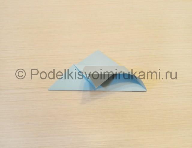 Как сделать голубя из бумаги своими руками поэтапно. Фото 9.