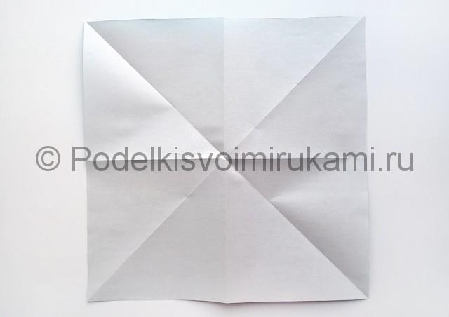 Как сделать куклу из бумаги. Фото 4.
