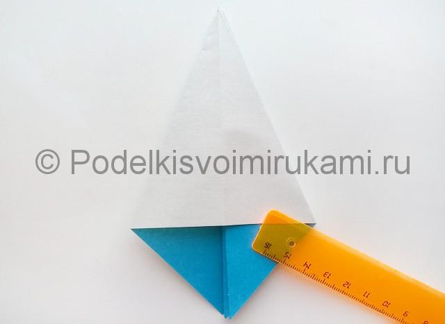 Как сделать куклу из бумаги. Фото 8.