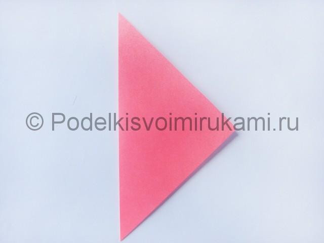 Как сделать лебедя из бумаги в технике оригами. Фото 2.