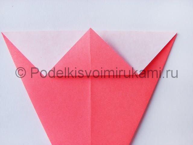Как сделать лебедя из бумаги в технике оригами. Фото 6.
