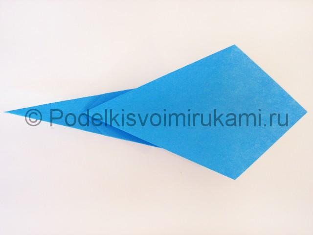 Как сделать меч из бумаги своими руками. Фото 14.