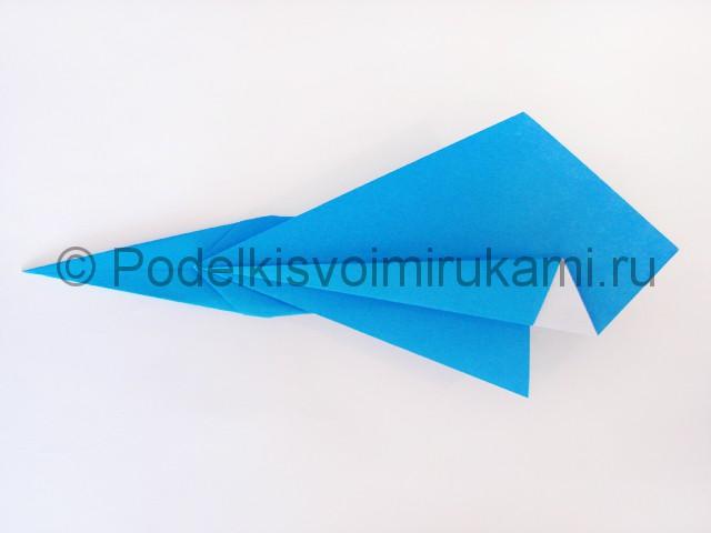 Как сделать меч из бумаги своими руками. Фото 16.