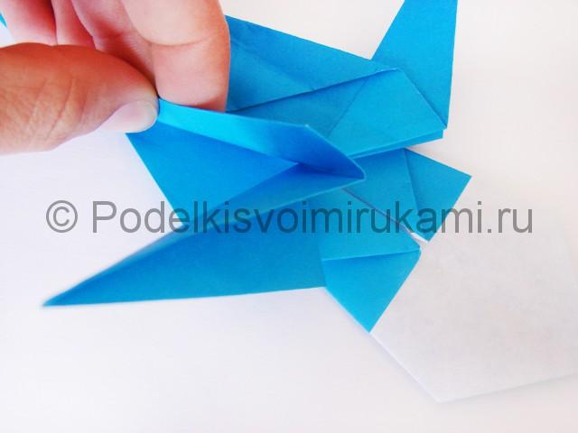 Как сделать меч из бумаги своими руками. Фото 23.
