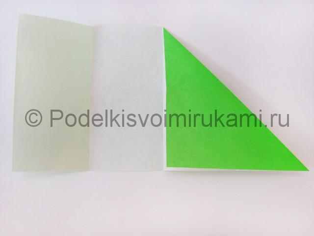 Как сделать прыгающую лягушку из бумаги. Фото 6.