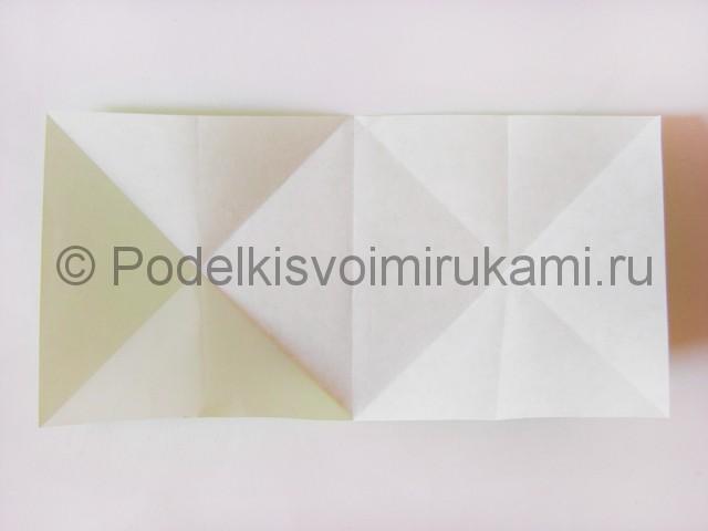Как сделать прыгающую лягушку из бумаги. Фото 8.