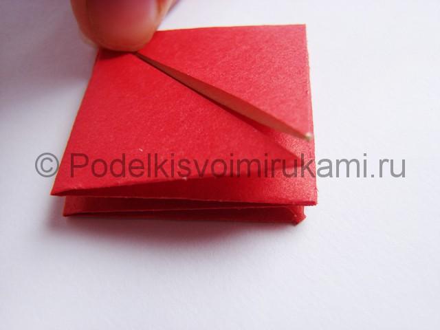 Как сделать тюльпаны из бумаги своими руками. Фото 10.