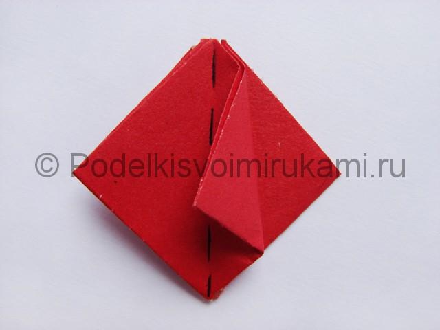 Как сделать тюльпаны из бумаги своими руками. Фото 12.