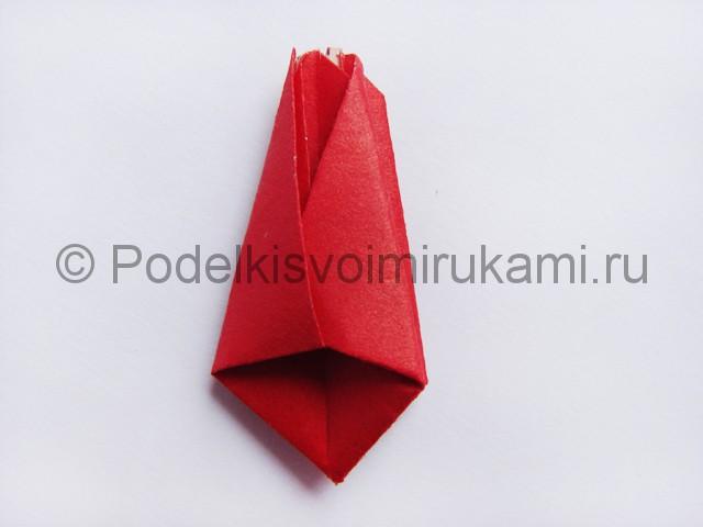 Как сделать тюльпаны из бумаги своими руками. Фото 14.