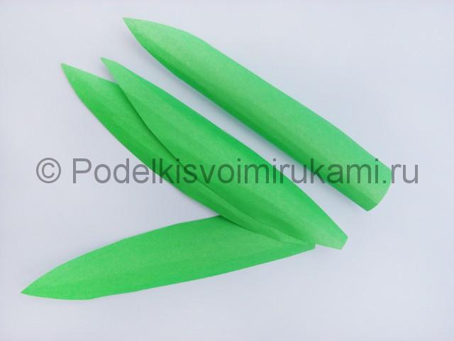 Как сделать тюльпаны из бумаги своими руками. Фото 25.