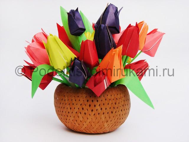 Как сделать тюльпаны из бумаги своими руками. Итоговый вид поделки. Фото 2.