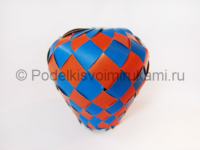 Как сделать воздушный шар из бумаги. Фото №23.