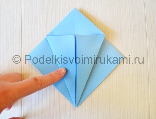 Как сделать журавля из бумаги своими руками. Фото 10.