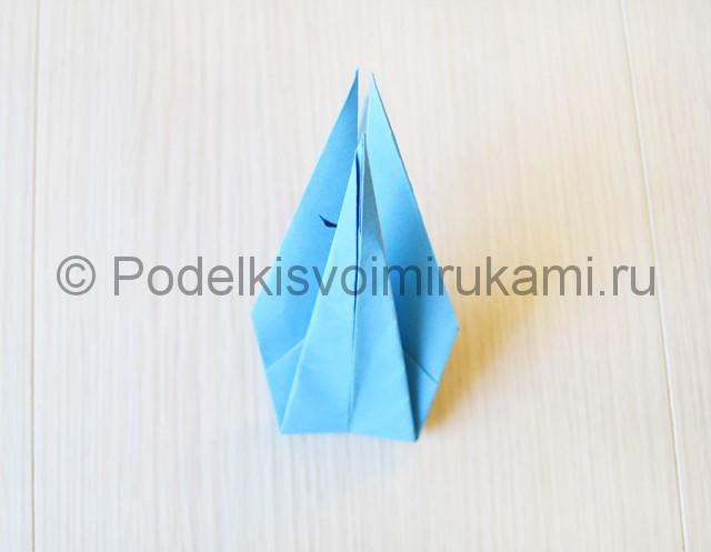 Как сделать журавля из бумаги своими руками. Фото 19.
