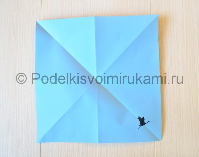 Как сделать журавля из бумаги своими руками. Фото 6.