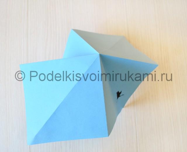 Как сделать журавля из бумаги своими руками. Фото 7.