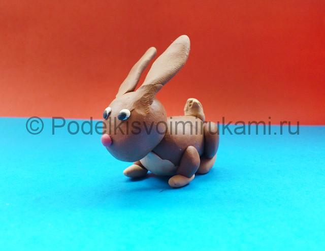 Как слепить кролика из пластилина. Итоговый вид поделки. Фото 2.