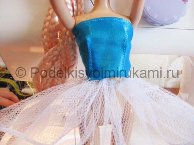 Как сшить пышное платье для куклы своими руками. Фото 11.