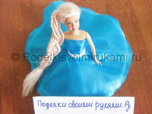 Как сшить пышное платье для куклы своими руками. Итоговый вид поделки.