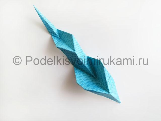 Змея из цветной бумаги. Пошаговый мастер-класс. Фото 16.