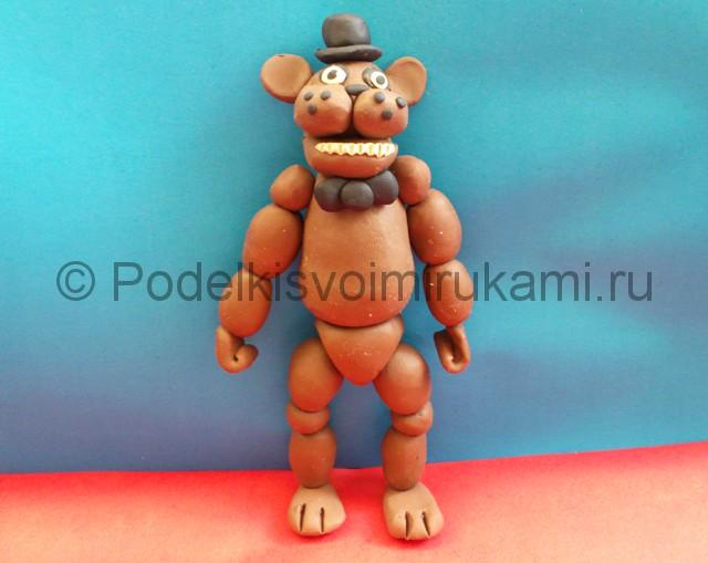 Мишка Фредди из пластилина. Итоговый вид поделки. Фото 1.