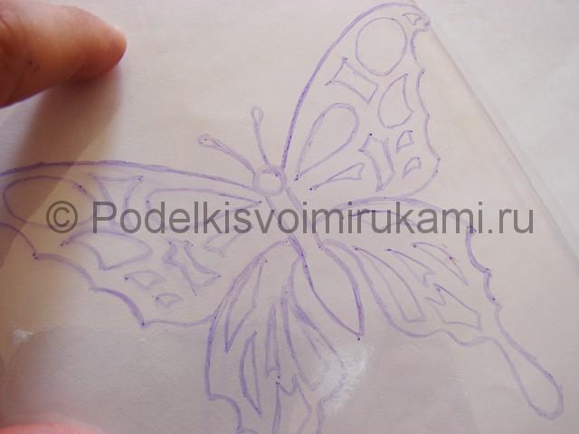 Бабочка из пластиковой бутылки. Фото 6.